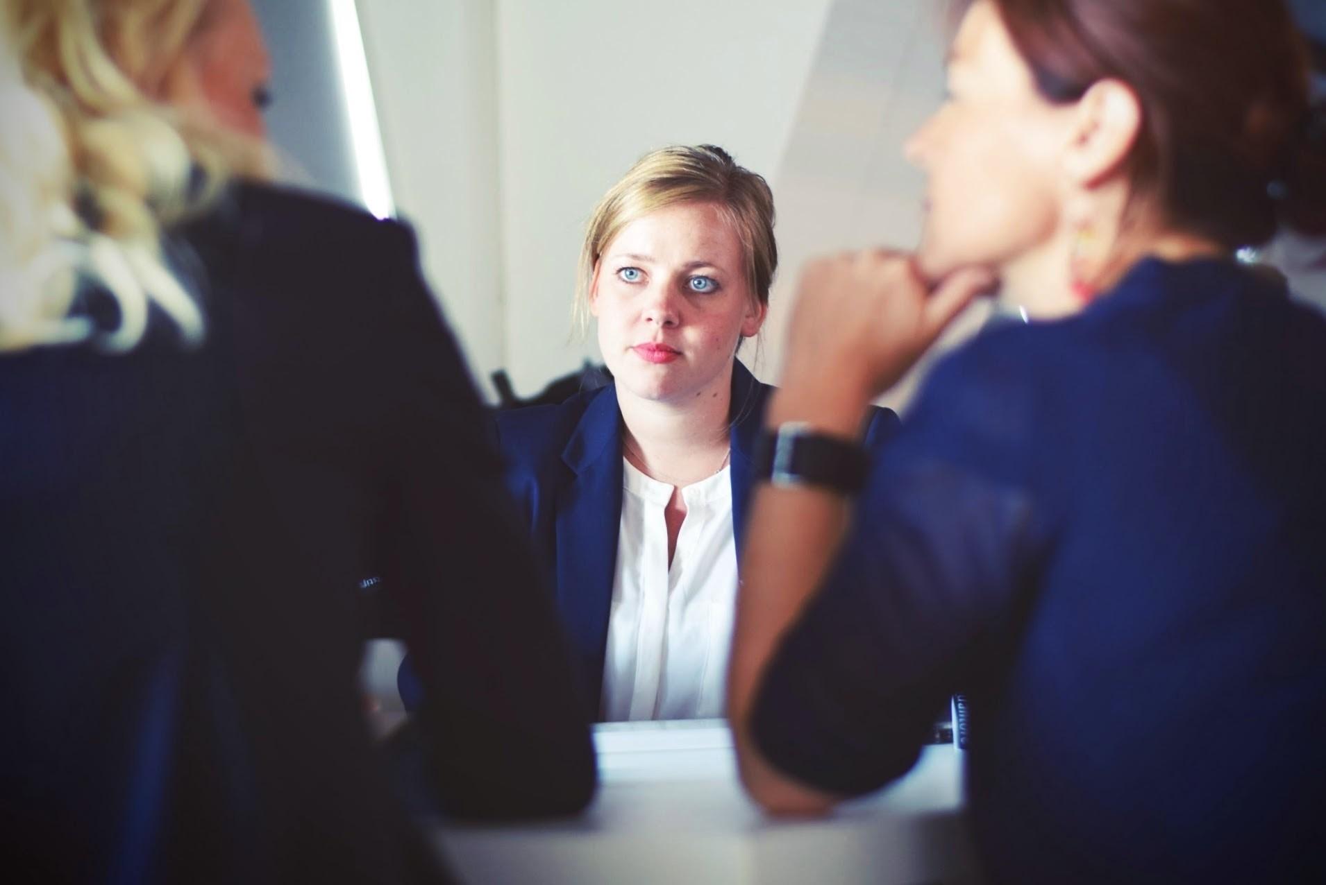 team-work-women-chatting-tim-gouw-79563-unsplash